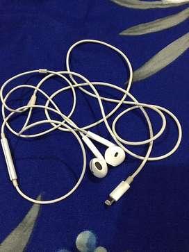 I phone ear phones