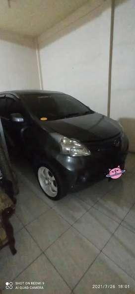 Jual Mobil Daihatsu Xenia Tipe M (Manual) 2012