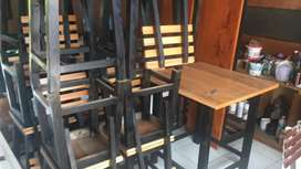 meja kursi kedai , rumah makan