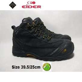 Sepatu second Eider