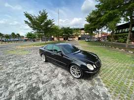 Mercedes Benz E 200 A/T KM 78rb