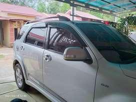 Toyota Rush 2011 silver