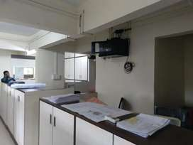 1500 sq ft ... fully furnished office available for rant  ready to