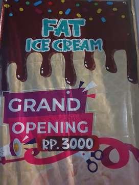 Karyawati Untuk Jaga Toko Ice Cream
