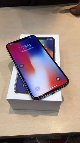 iphone x 64 gb, silver ,  extended 7 months wrnty left , no scratch ,