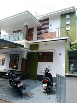 3 bhk 2200 sqft 5 cent new build posh house at kakkanad pukattupady