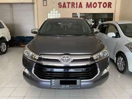 Toyota Innova Tipe Q Bensin 2016 Abu abu Matic AT
