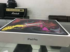 """Excellent conditioned iPad Pro 12.9"""" Wifi+ Cellular 256GB"""