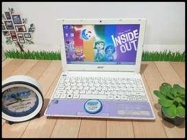 Netbook Acer Aspire One Happy Murah Putih Ungu