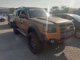 Ford Everest XLT 4X2 MT 2008 (harga lelang)