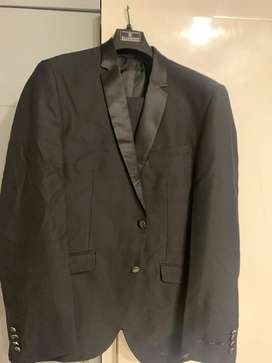 blackberrys tuxcedo suit