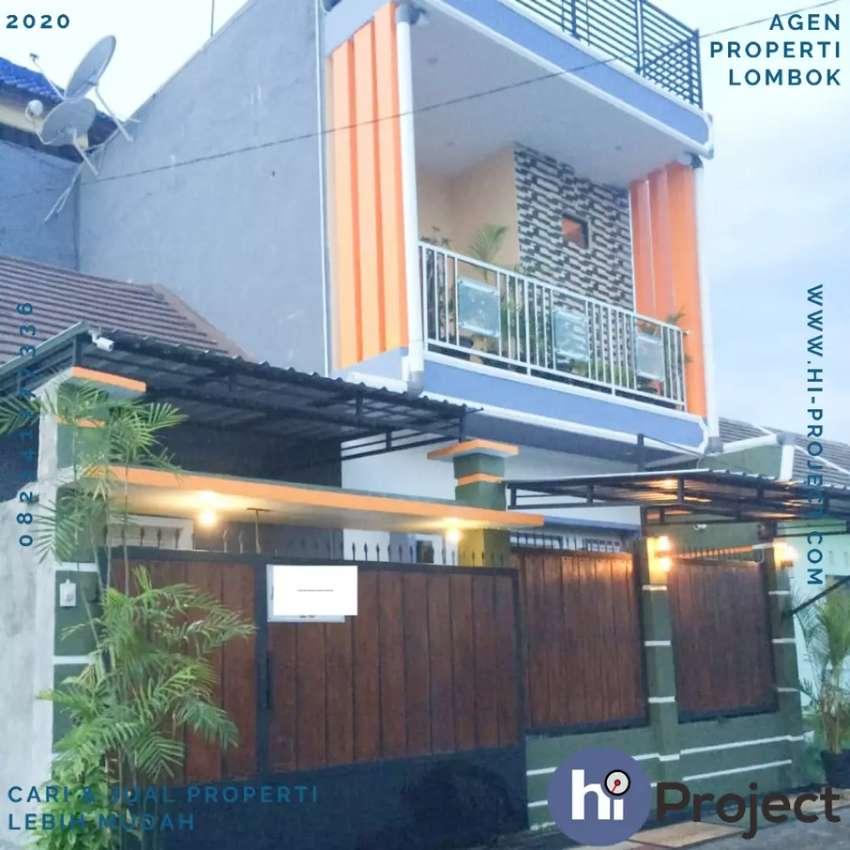 Rumah 3 lantai dan isinya di Perumahan Griya Rumak Asri Kediri R184 0