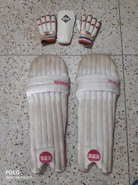CRICKET KIT FOR SALE LIMITED EDITION AND EXCELLENT QUALITY