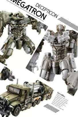 Robot Transformer DOTM Decepticon Megatron - Voyager Class - Hasbro