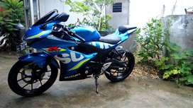 Gsx R150 black blue