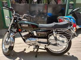 Yamaha Rx 100 BLACK NEW