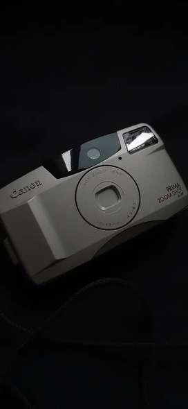 Camera analog canon prima zoom shot