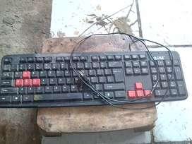 Jual keyboard bekas