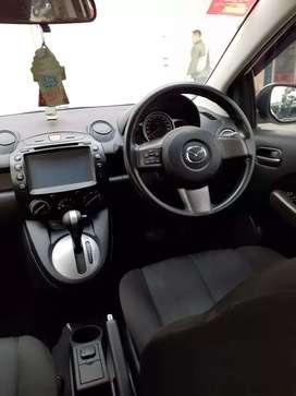 Di jual Mazda 2 V AT tahun 2013