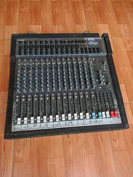 Mixer soundcraft spirit sx  not behringer yamaha mckie