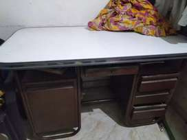 Big office table at lowest price