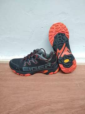 Sepatu Eiger Pulse Trail Running