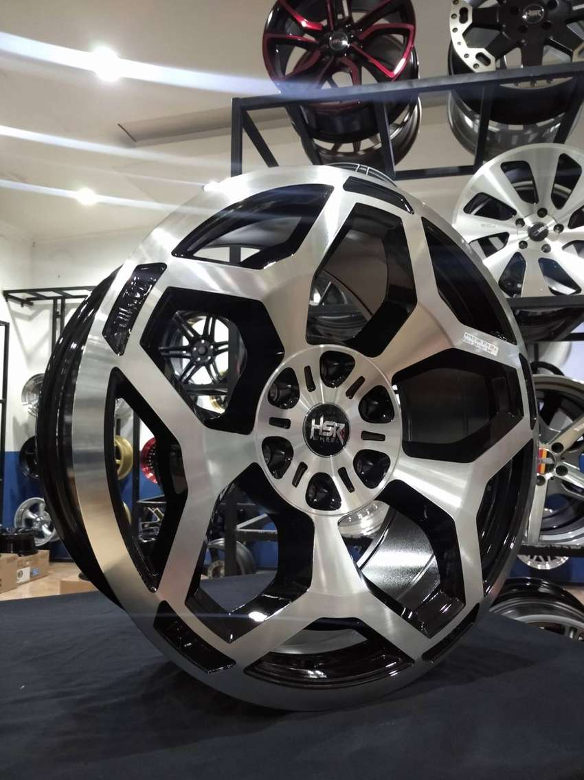 Velg Mobil Racing R20 Terbaru Myth10 Untuk Pajero Fortuner Di Venice