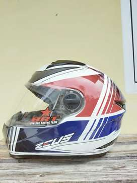 Helm FullFace Zeus 811