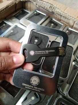 Souvenir Flashdisk Metal Kunci Card Kartu Kulit Kayu Grafir Laser