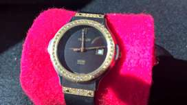 Hublot Swiss watch wanita Diamant and Date Kautschukband