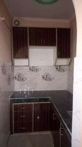 1Room1hall flat for rent near metro station.