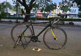 Sepeda balap roadbike United inertia 3