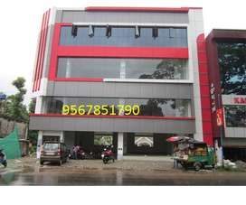 252sqft commercial space and 1527,1100 available  rent or lease,town