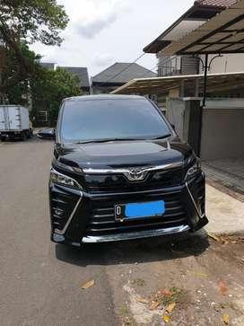 Toyota Voxy 2019 AT Black