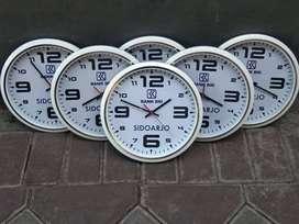 Souvenir Jam Dinding KKN Ulang Tahun Acara Kenang Kenangan Temukangen