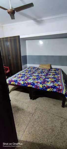 Room on ground floor for rent in budh bazar, moradabad