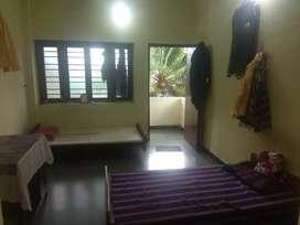 1 flatmate or roommate needed in Samrat Nagar, Kolhapur. Rent Rs 3500.
