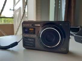 Kamera Digital - Kamera Pocket - SONY Cybershot DSC W300 Carl Zeiss
