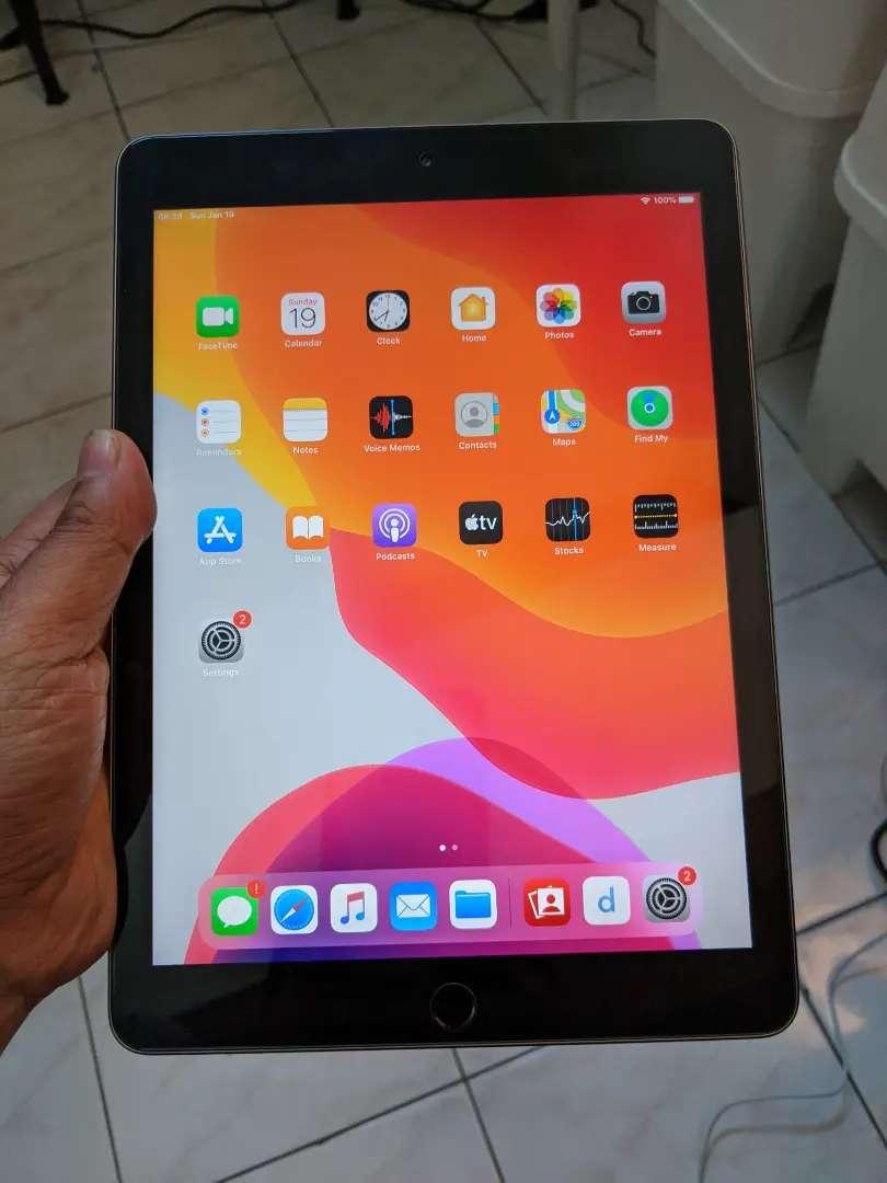 iPad 5 2017 128 GB 0