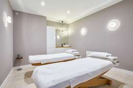 Spa therapy jobs available only for girls and ladies