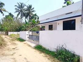 800sf 4cents near Paravoor Air port paravoor road Manjaly 100% loan
