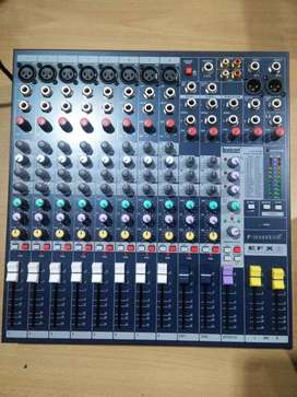 Mixer Soundcraft EFX8 EFX 8 channel mono + 32 Efek Vocal reverb