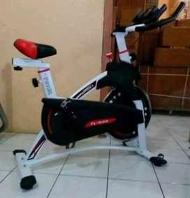 Alat olah raga // sepeda spinning bike TL 930 ready