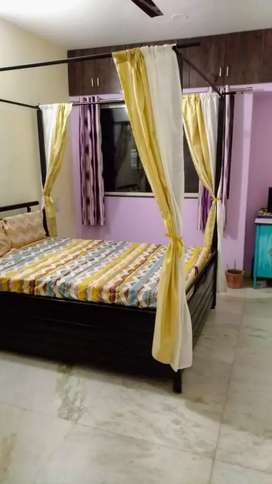 Rent/PG for Girl: Furnished room with bathroom