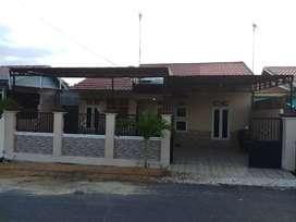 Disewakan rumah samping asrama haji