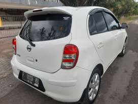 Nissan march 2013 metic