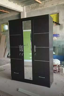 Lemari pakaian pintu 3 (warna hitam plus laci)