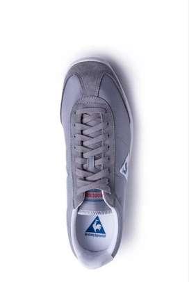 Jual Sepatu sneakers
