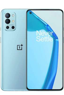 5 days old oneplus 9R 5G with everything complete