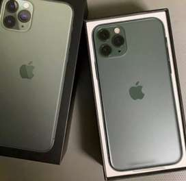 All variant of apple iphone available with bill box and accessories